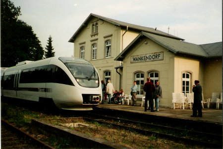 Triebwagen Talent in Wankerndorf (1996)
