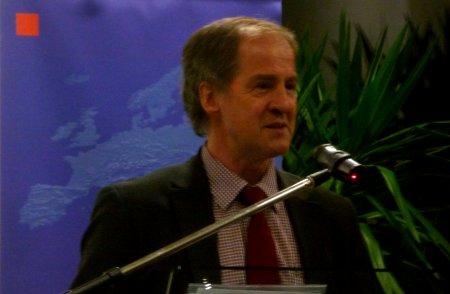 Jo Leinen spricht zum Thema Europäische Energiepolitik und Klimaschutz