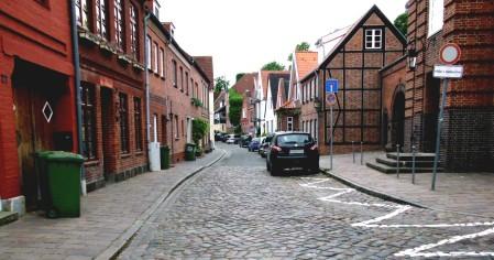 Klosterstraße, fast durchgehend asphaltiert