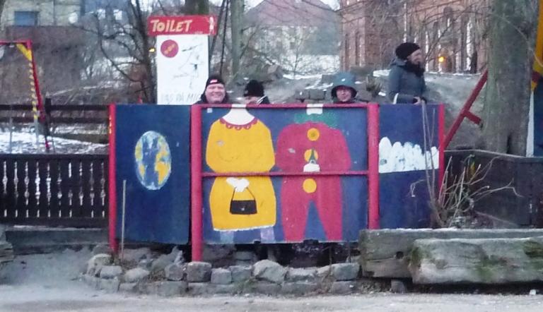 130811_Stadtbuchtfest_Pissoir
